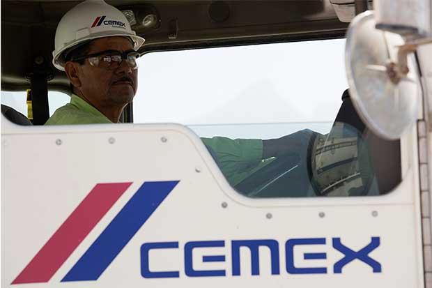 Director Ejecutivo de Cemex renuncia después de investigaciones de pagos de la planta de Colombia