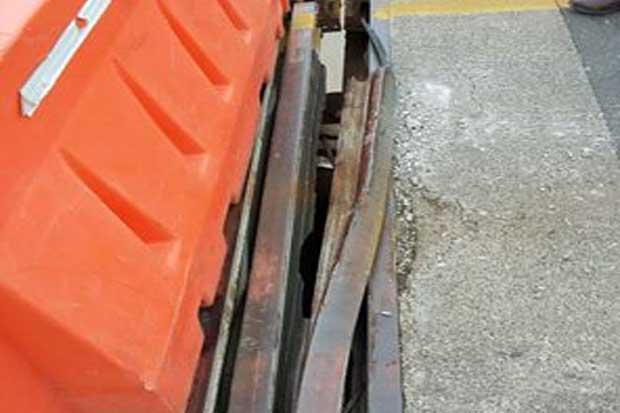 Regulan paso por puente Tempisque ante desprendimiento de pieza metálica