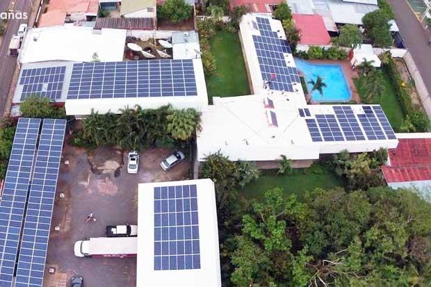 Héroes Solares: Hotel Caña Brava