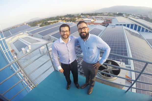 Utilice los paneles solares número uno del mundo