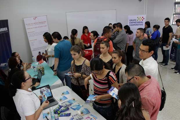 UAM reporta asistencia de 650 personas en feria de empleo esta mañana