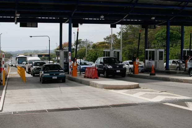 Peajes en Ruta 27 aumentarán ¢10 para carros livianos