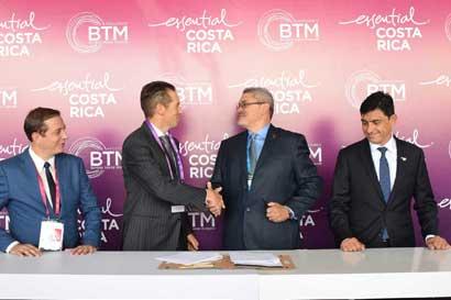 Clúster aeroespacial tica y puertorriqueña firmaron alianza