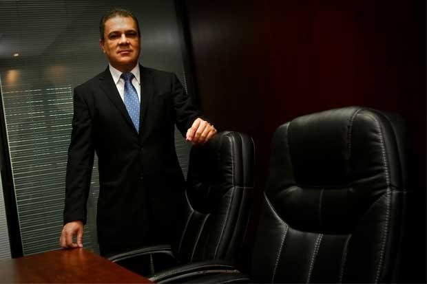 Tribunal reinstala de forma provisional a Guillermo Quesada en el BCR