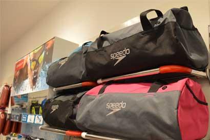 Speedo inaugura nueva tienda y planea otra apertura en octubre