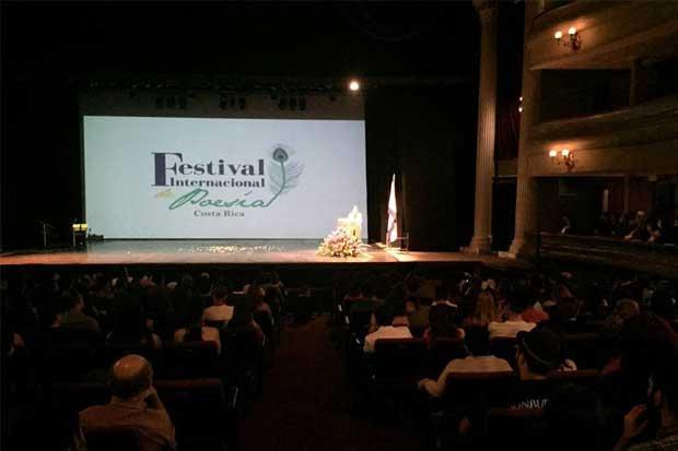 Llegó la XV edición del Festival Internacional de Poesía