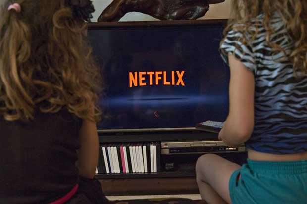 Suben acciones de Netflix por rumores de posible adquisición