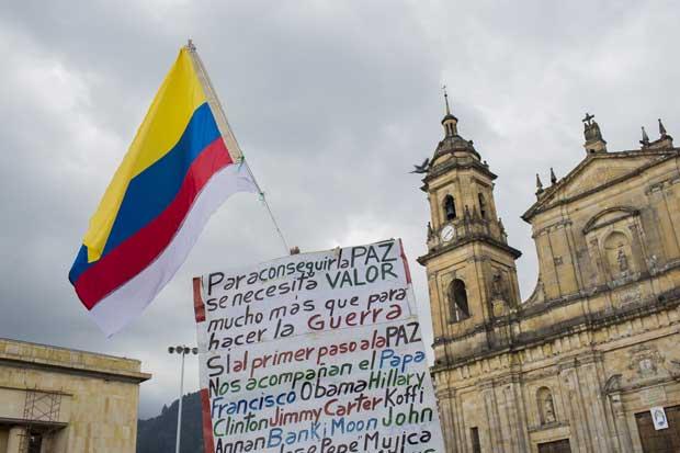 Otro golpe para Colombia: FMI rebaja pronóstico de crecimiento