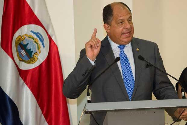 Luis Guillermo Solís ordenó movilizar 200 policías a Limón
