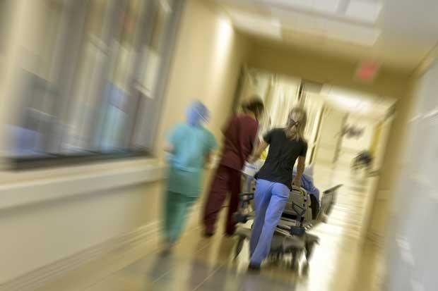 Nuevas medidas de internado universitario peligran formación médica, según UCR