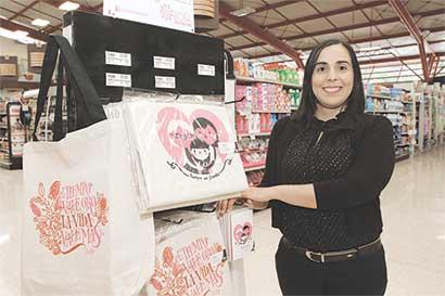 Auto Mercado celebra novena edición de Movimiento Rosa