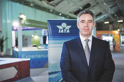 Embraer y Marcopolo lideran lucha de Brasil para vender a Irán