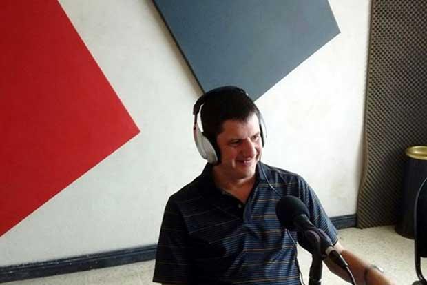 Emprendedor crea radio enfocada en personas con discapacidad