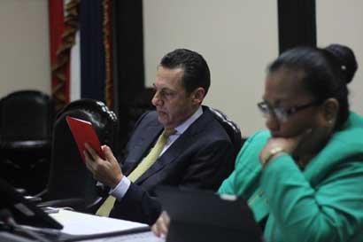 Julio Jurado fue ratificado como nuevo Procurador General