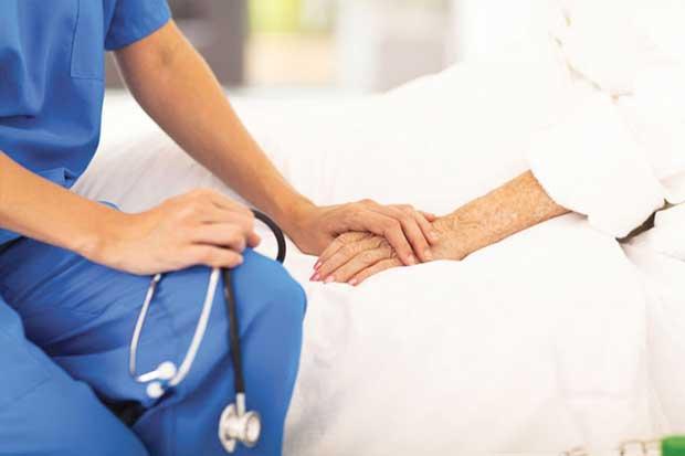 Cuidados paliativos atiende a 25 mil personas por año