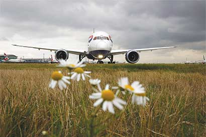 Acuerdo de aerolíneas depende de compensaciones por emisión