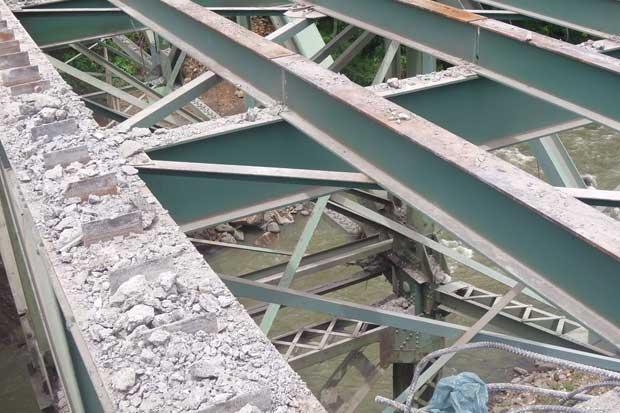 Inicia demolición del puente sobre el río Virilla en sector de la Pozuelo