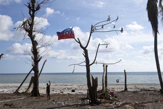 Migración suspende deportación de migrantes haitianos por desastres naturales