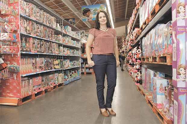 Walmart se prepara para la Navidad con juguetes