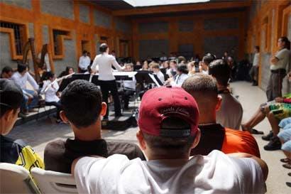 Banda Sinfónica Juvenil realizó concierto en cárcel de Adulto Joven de Alajuela