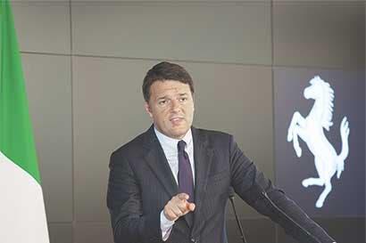 Primer ministro italiano apuesta todo a un referendo acosado por la débil economía