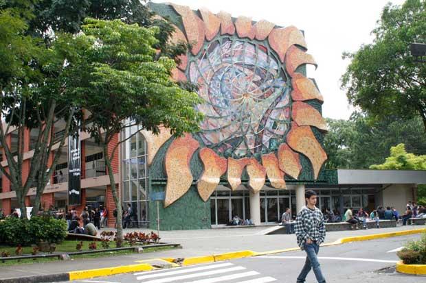 Oposición y universidades públicas pactan redistribución del FEES