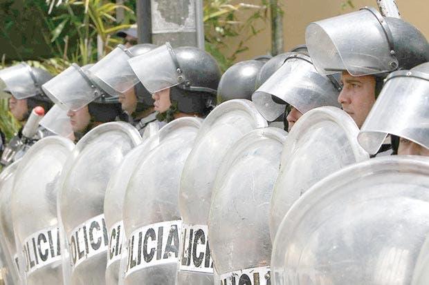 Ministro de Seguridad pide no recortar presupuesto al PANI