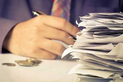 Recortes al presupuesto afectarían funcionamiento de Ministerios en 2017, según Gobierno