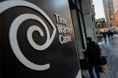 Deudas generan dudas para que AT&T oferte por Time Warner