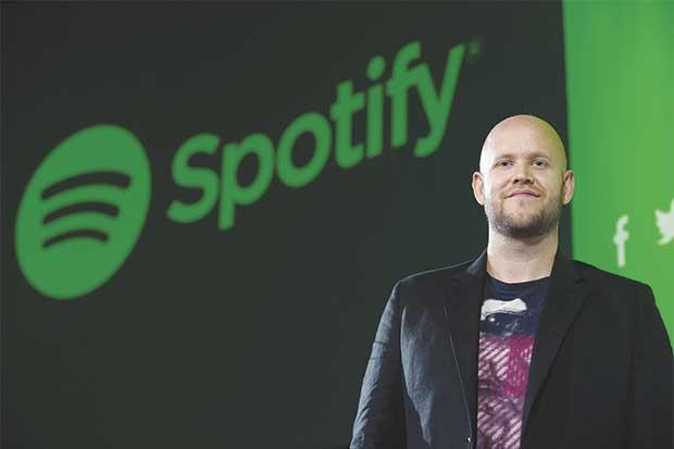 Goldman Sachs pone anuncios en Spotify para contratar jóvenes