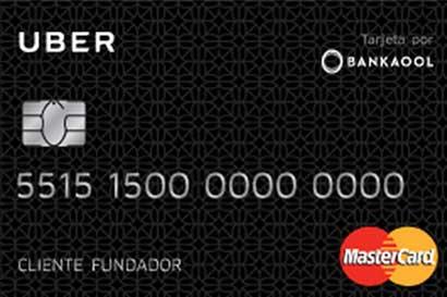 Uber lanza su primera tarjeta de débito en México