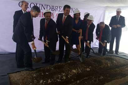 Texas Tech University inició construcción de sede en el país