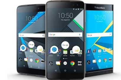 BlackBerry presenta su último teléfono previo a subcontratación
