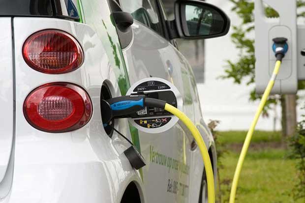 ICE compraría flota de vehículos eléctricos