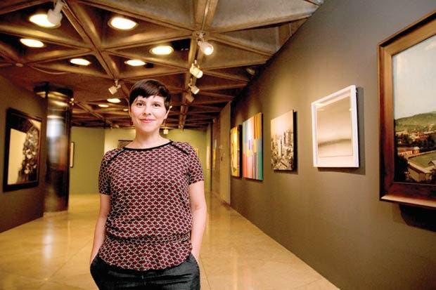 Exhibición explora los deseos y fantasías de la capital