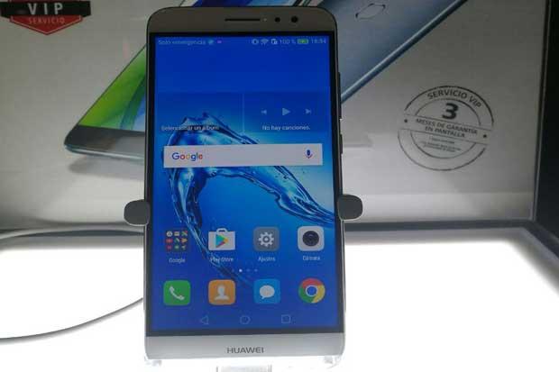 Huawei lanzó smartphone Nova Plus