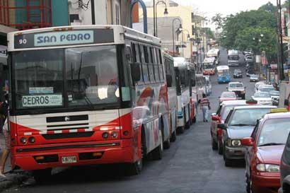 Pasaje de bus a San Pedro será ¢70 más barato a partir de mañana