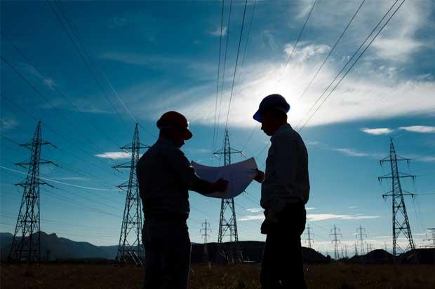 Electricidad cara y trámites son los lastres de la competitividad tica, según Uccaep e industriales