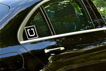 Uber tendrá que pagar salario y dar vacaciones a conductores en Londres