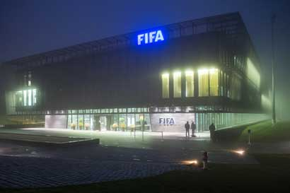 FIFA pagó hasta $2,2 millones a comité de ética por investigar casos de corrupción