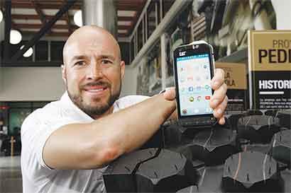 Caterpillar vende el primer celular con cámara térmica
