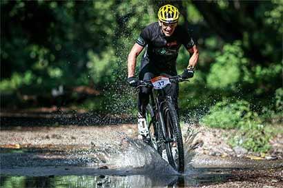 Ciclistas colonizarán montañas ticas