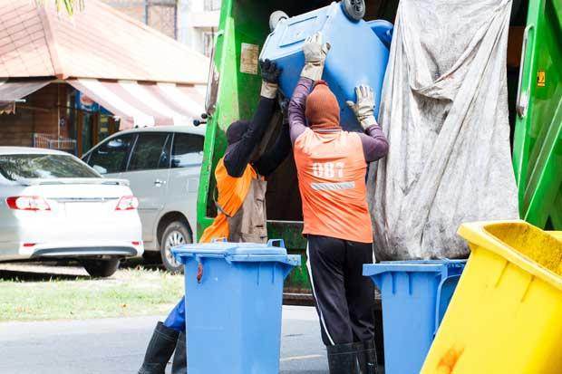 Camiones podrán recolectar basura por las noches para disminuir presas