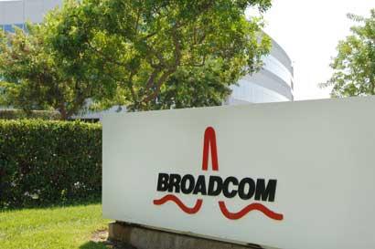 Broadcom compra Brocade en $5.900 millones para expansión en nube