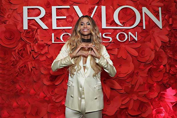 Ciara se une a Revlon como embajadora de marca