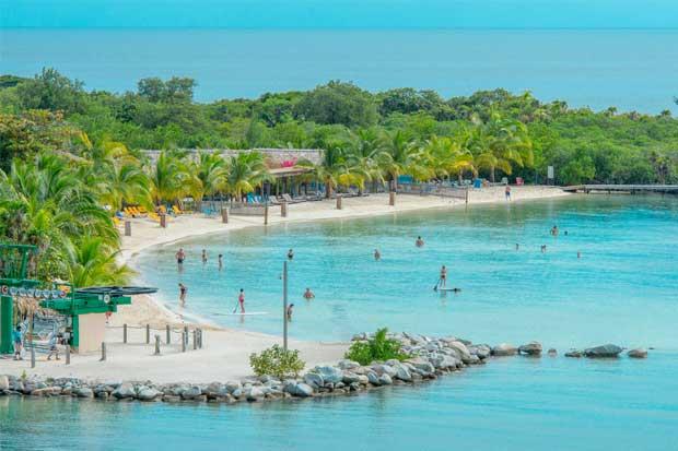 Avianca ofrecerá vuelos a isla de Roatán a $259 todo el mes