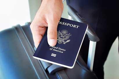 Retienen equipajes no declarados por viajeros en Aeropuerto Juan Santamaría