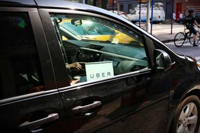 Nuevo fallo en Argentina favorece a choferes de Uber pero taxistas apelarán