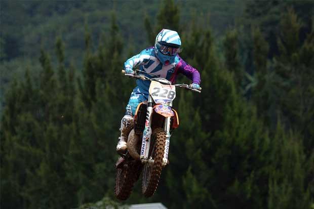 Tica se corona como campeona latinoamericana de Motocross