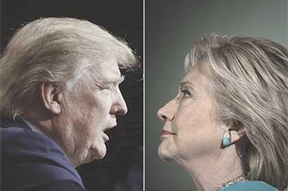 Clinton se enfoca en trabajo en terreno y Trump en el entusiasmo